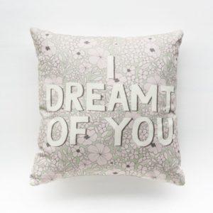 byannika_edited_pillows-54-compressor